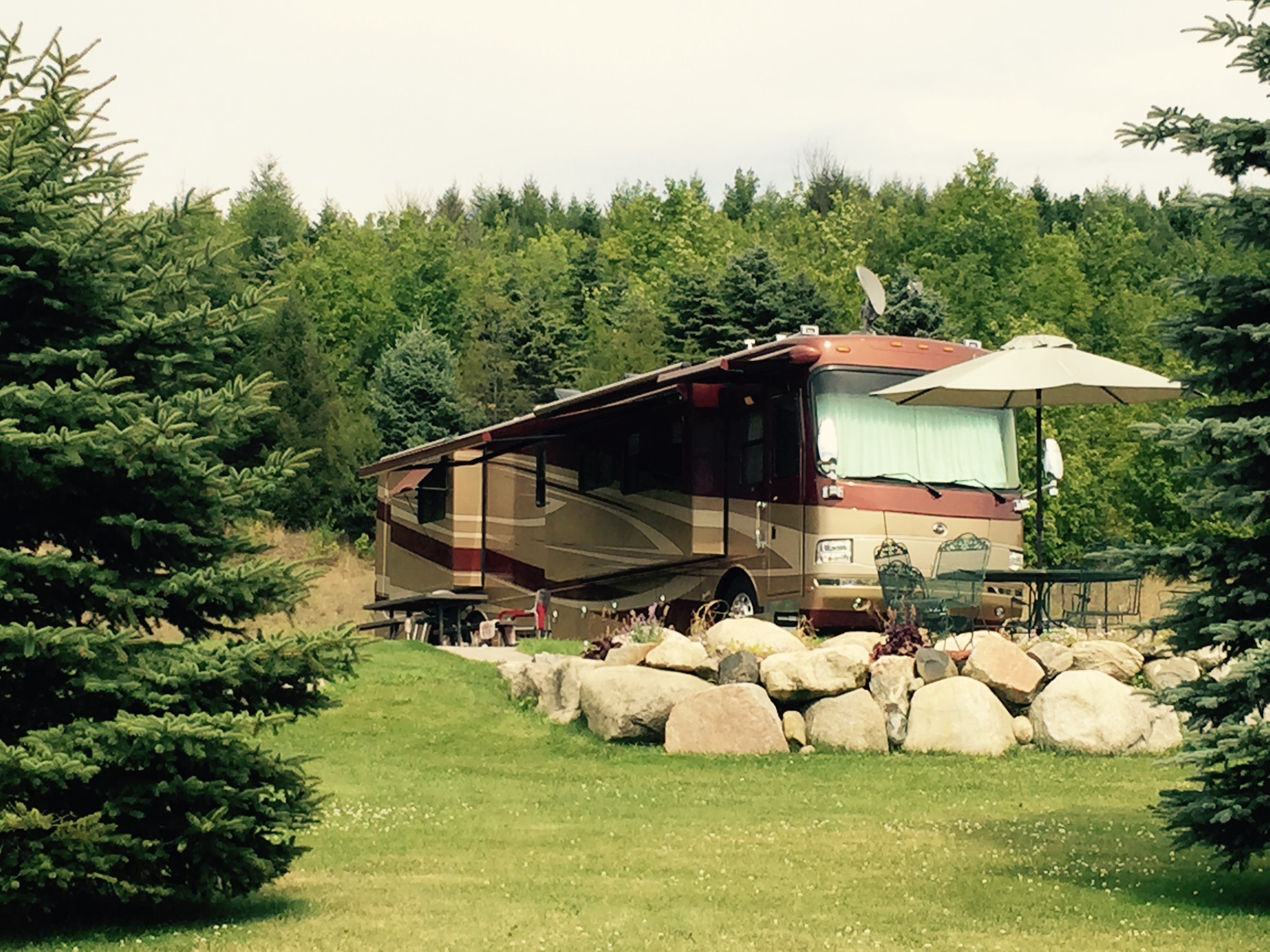 home city com cottage log a cottages cabin in traverse mynorth for northport rent beautiful